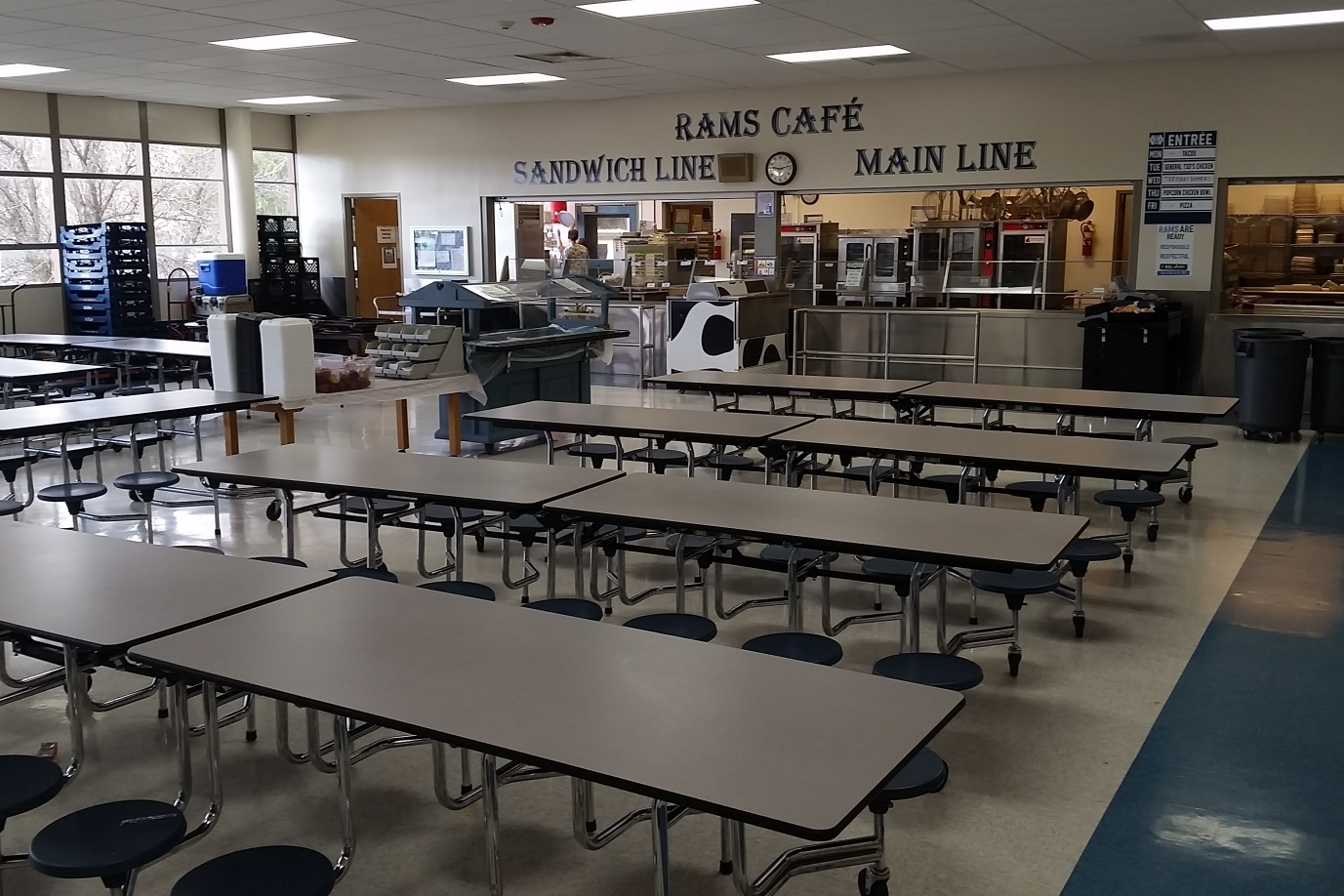 Tour Cafeteria Right